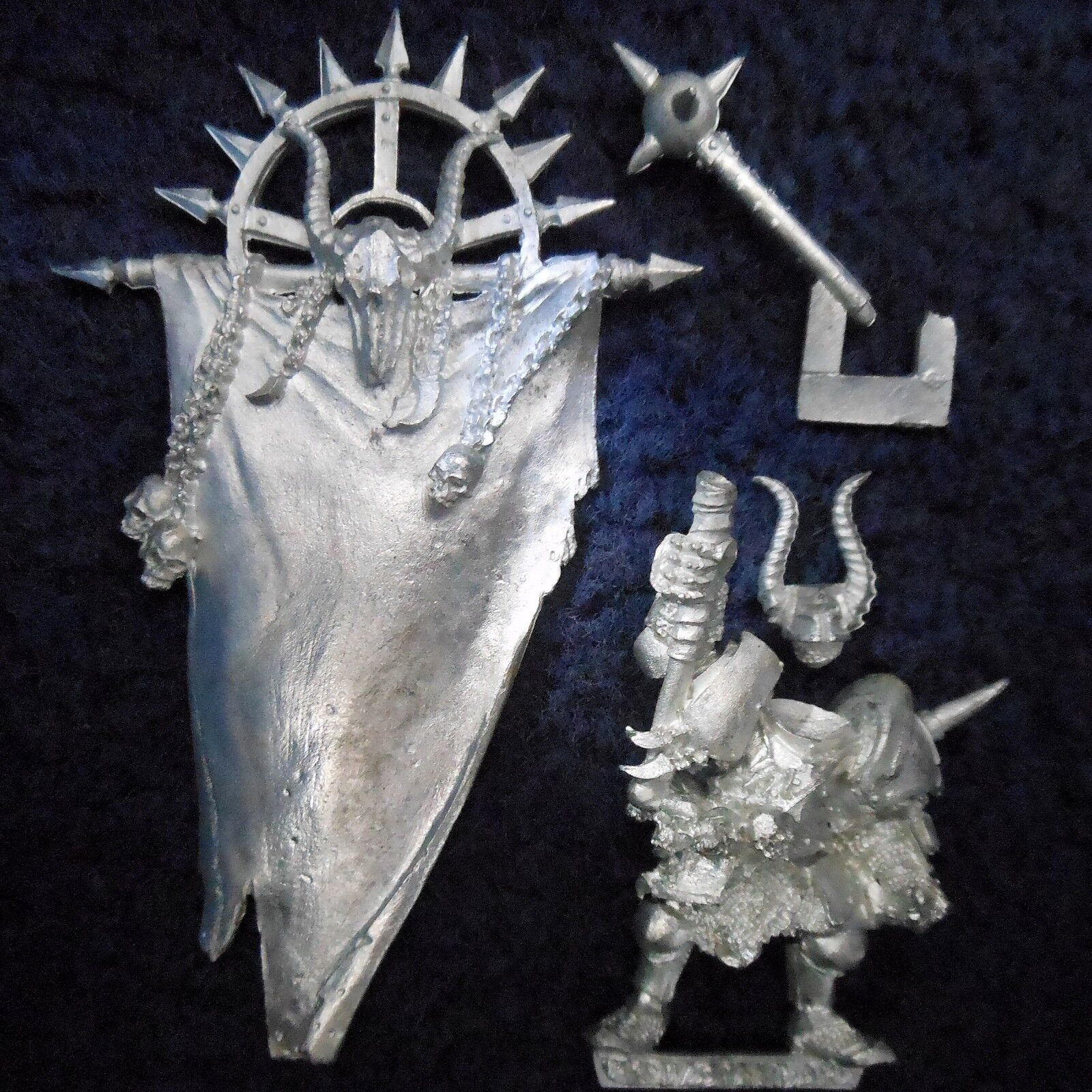 2002 Chaos Limited Edition Army Standard Bearer Citadel Warhammer Warrior GW BSB