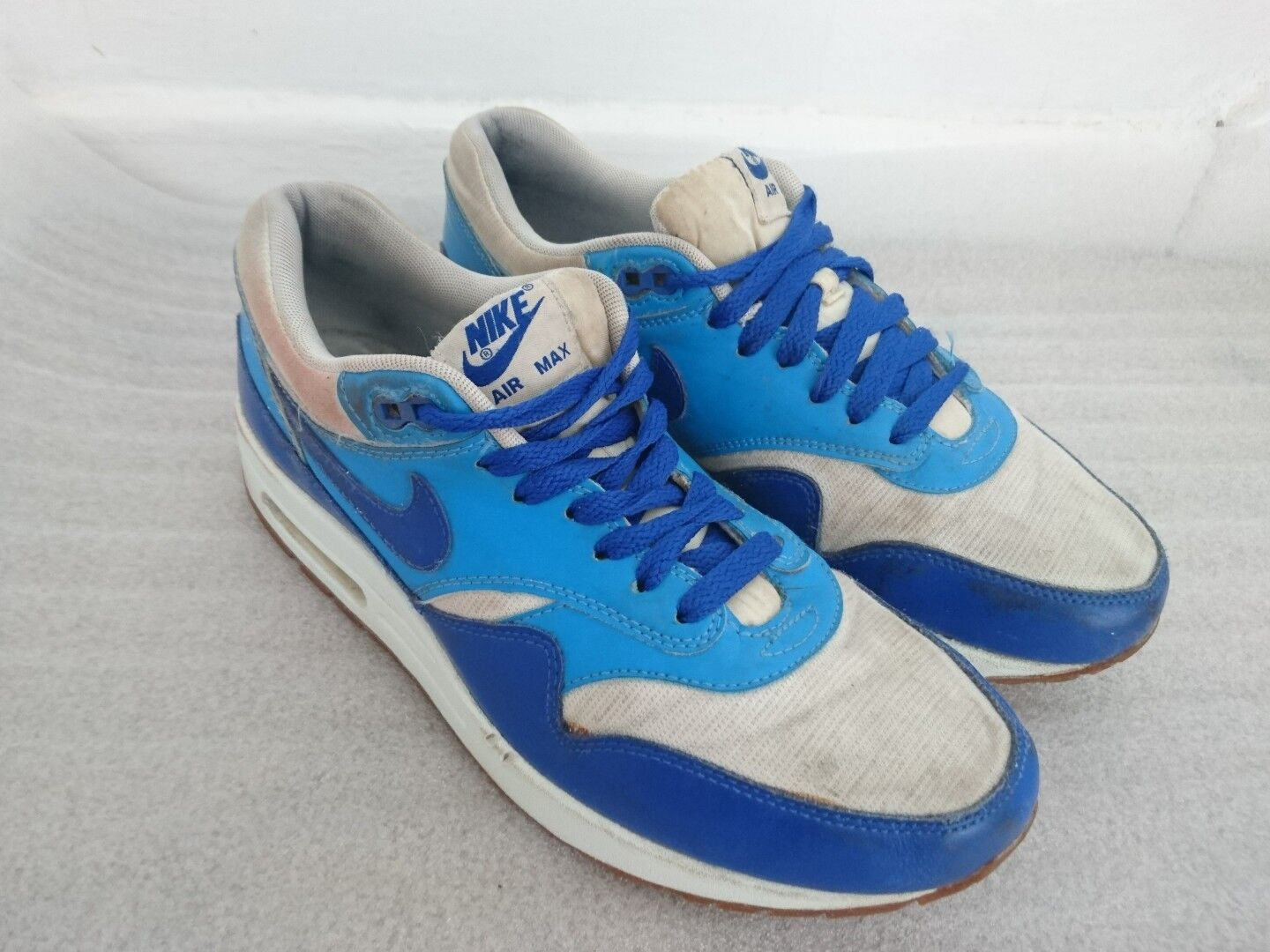 Nike Air Max 1 Vintage Trainers Size UK 6 EU 40 Hyper bluee 555284-105