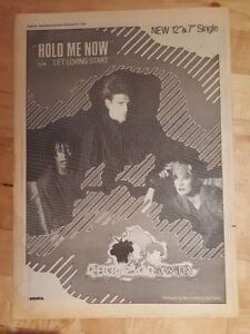 THOMPSON-TWINS-hold-me-now-1983-Edicion-anuncio-completo-Paginas-39-x-28cm