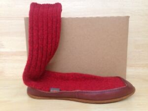 meet 2481c b5865 Image is loading Acorn-Mismated-Unisex-Slipper-Sock-Red-Ragg-Wool-