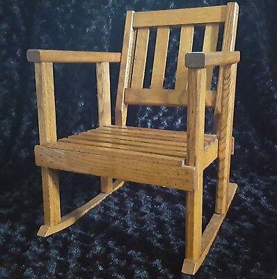 Objective Vtg Arts & Crafts Era Tiger Oak Child-size Rocking Armchair Rocker Mission Style 1900-1950