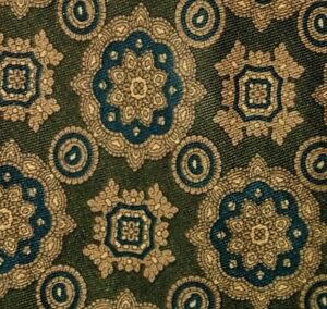 Olive-Green-Foulard-DIOR-Silk-Tie