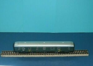 Marklin-HO-Vintage-Tinplate-Post-Coach-in-Green-Livery-034-RARE-034-T243