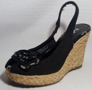 52dc9d5f6d23 MIA Women 6 M Sandal Shoe Sling Back Peep Toe Black White ...