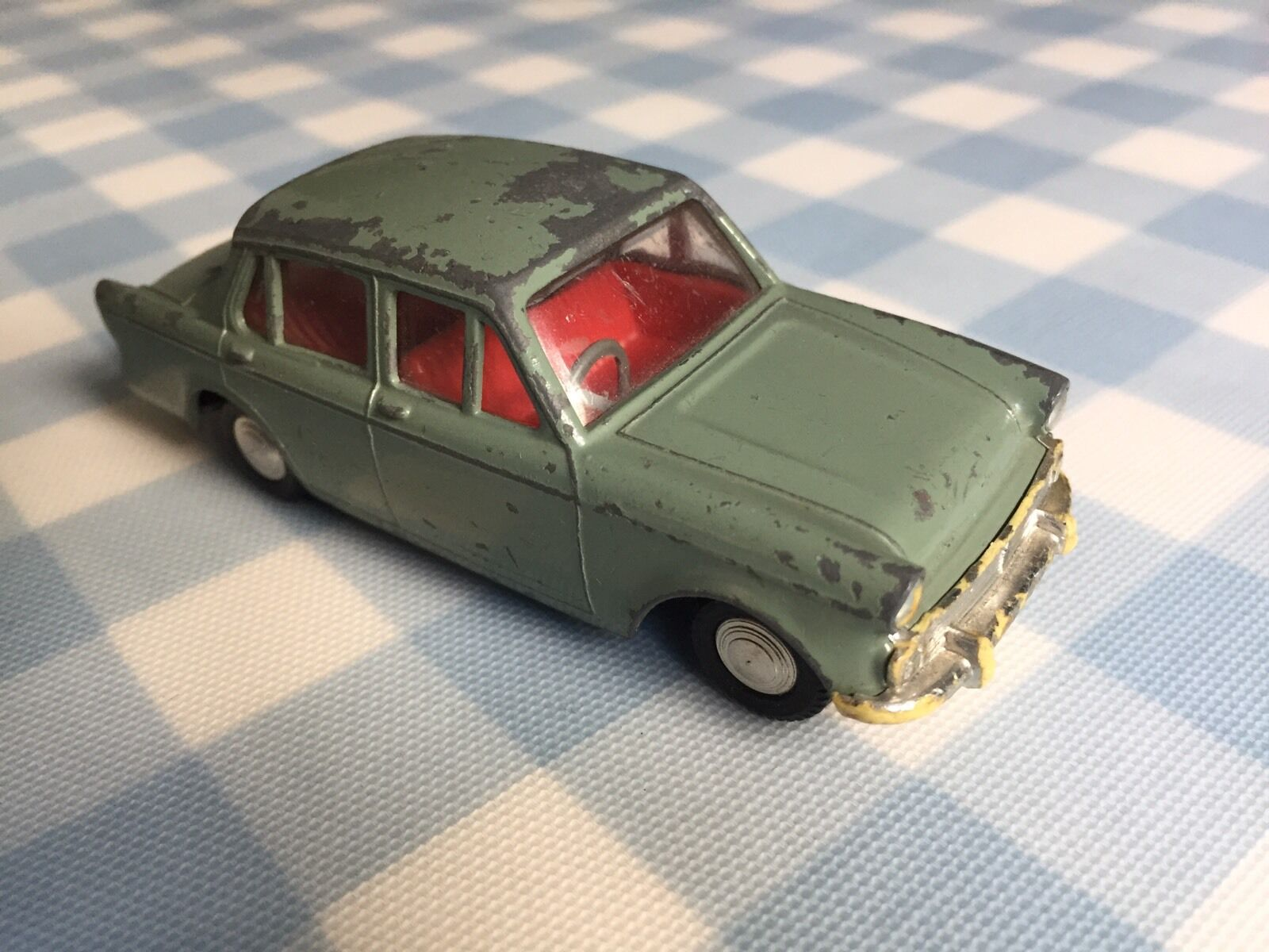 Spot-On No.287 1 42 Hillman Minx 1600 mid '60s Vintage Collectable Diecast
