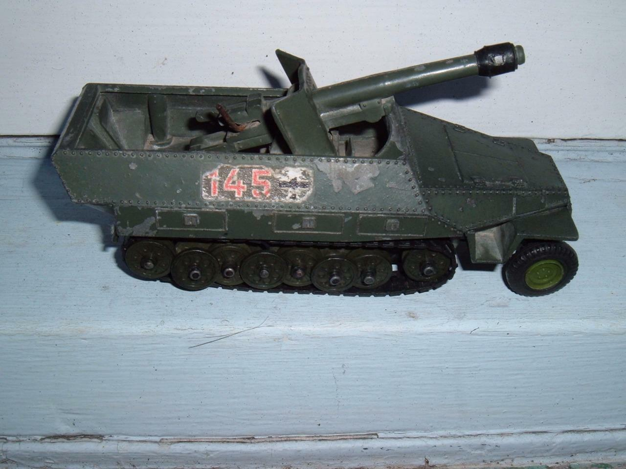 DINKY TOYS HANOMAG 7.5 CM TANK DESTROYER ORIGINAL VINTAGE STUDY THE PHOTOS
