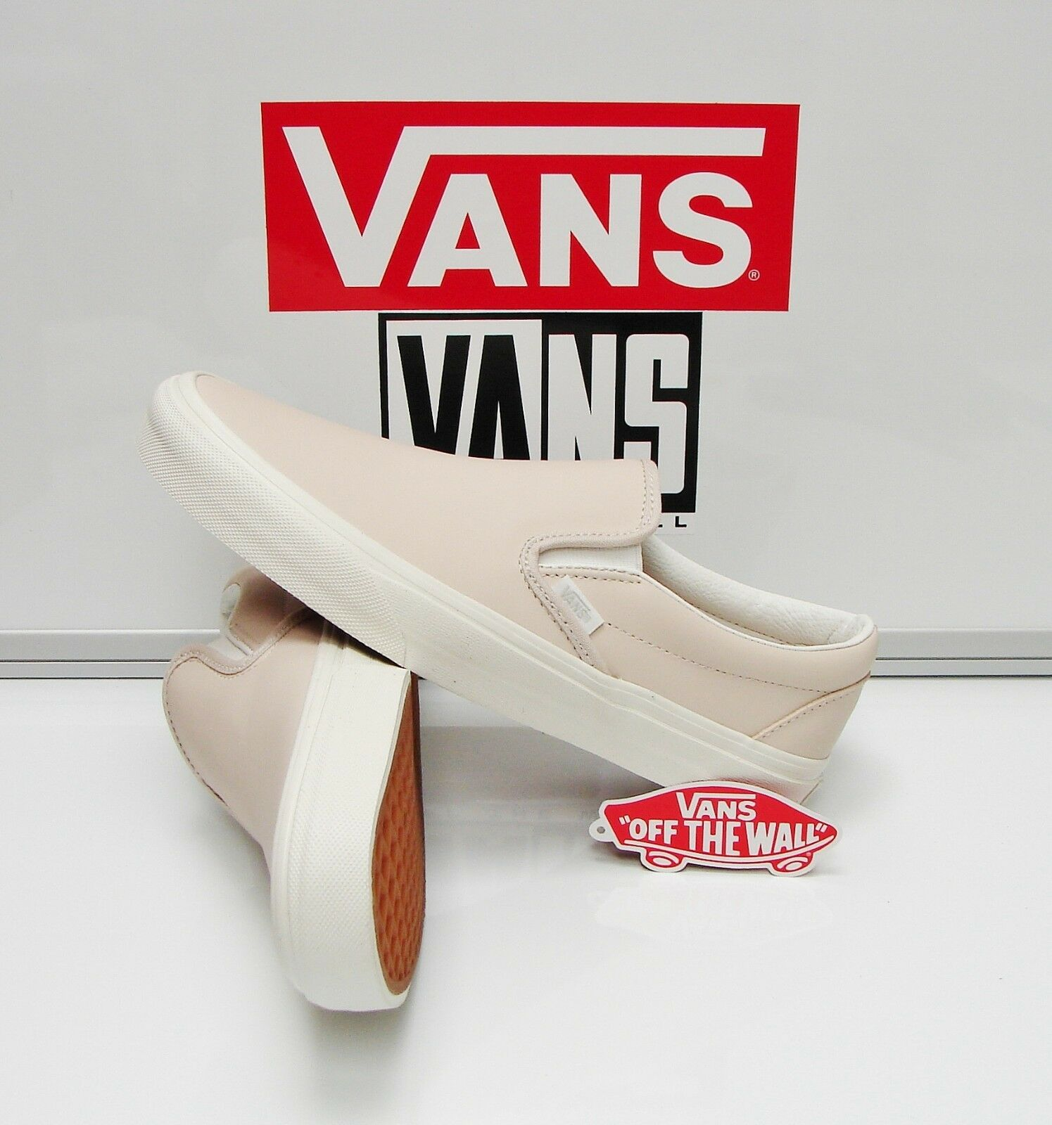 Vans Classic Slip On Leather Whispering Pink Blanc VN0003Z4IFN Women's Size: 9