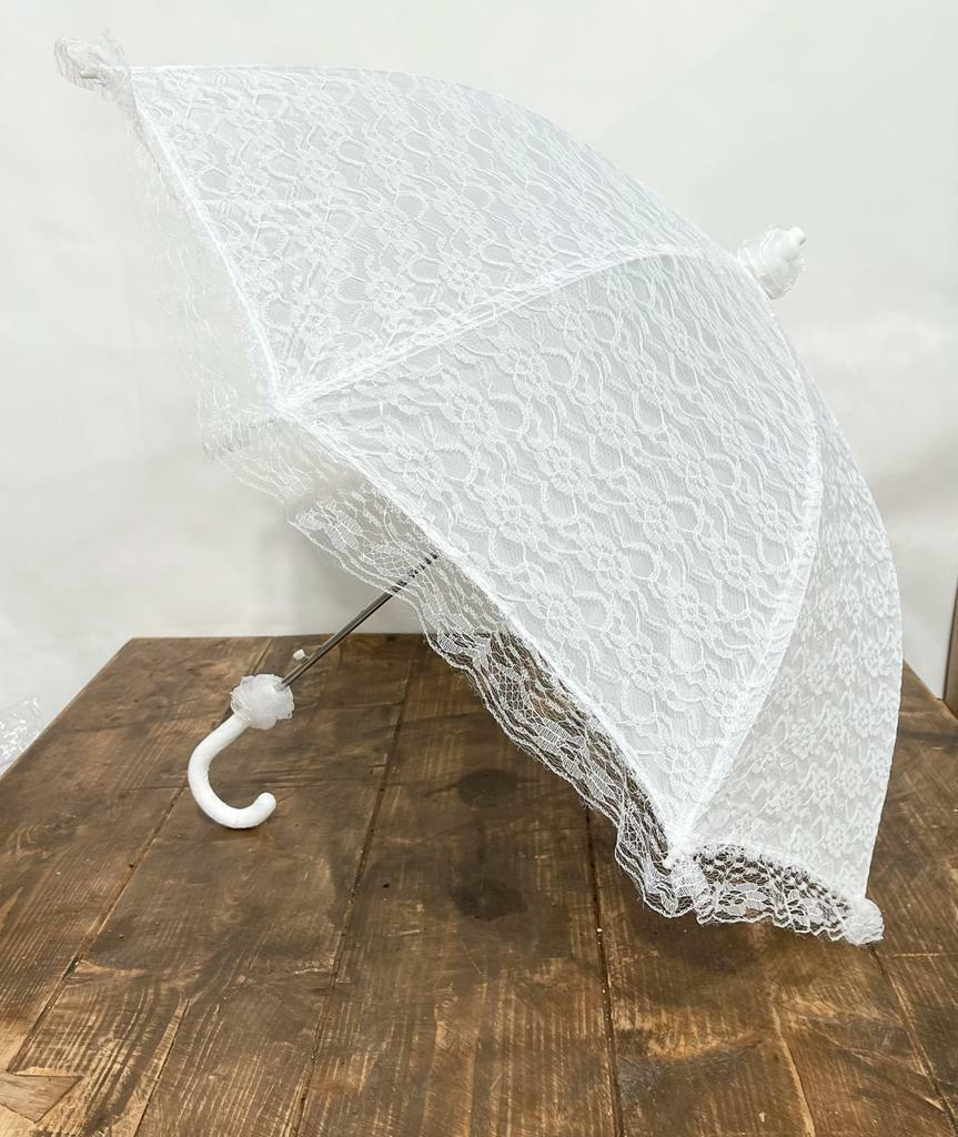 Traditional White Delicate Lace Victorian Type Umbrella Perfect for Weddings