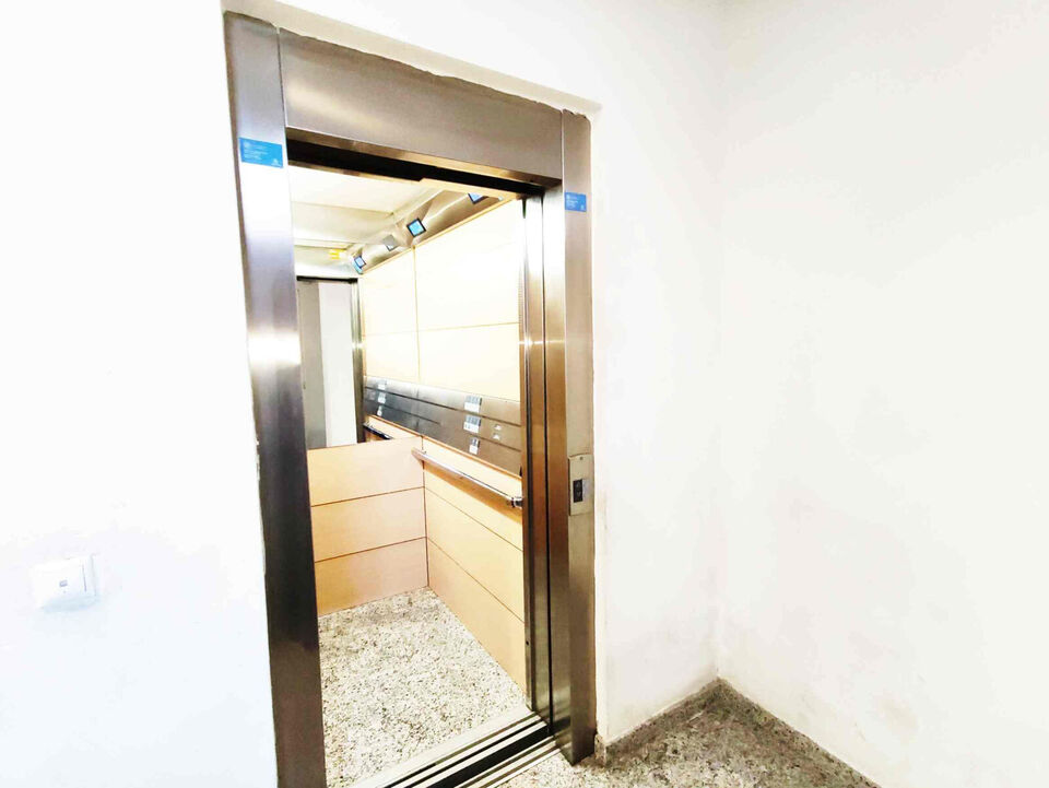 EA 1609: Apartment with Rental License in Torre...