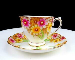 ROYAL-ALBERT-ENGLAND-MARYLAND-2-5-8-034-FOOTED-CUP-AND-SAUCER-SET-1935-1944