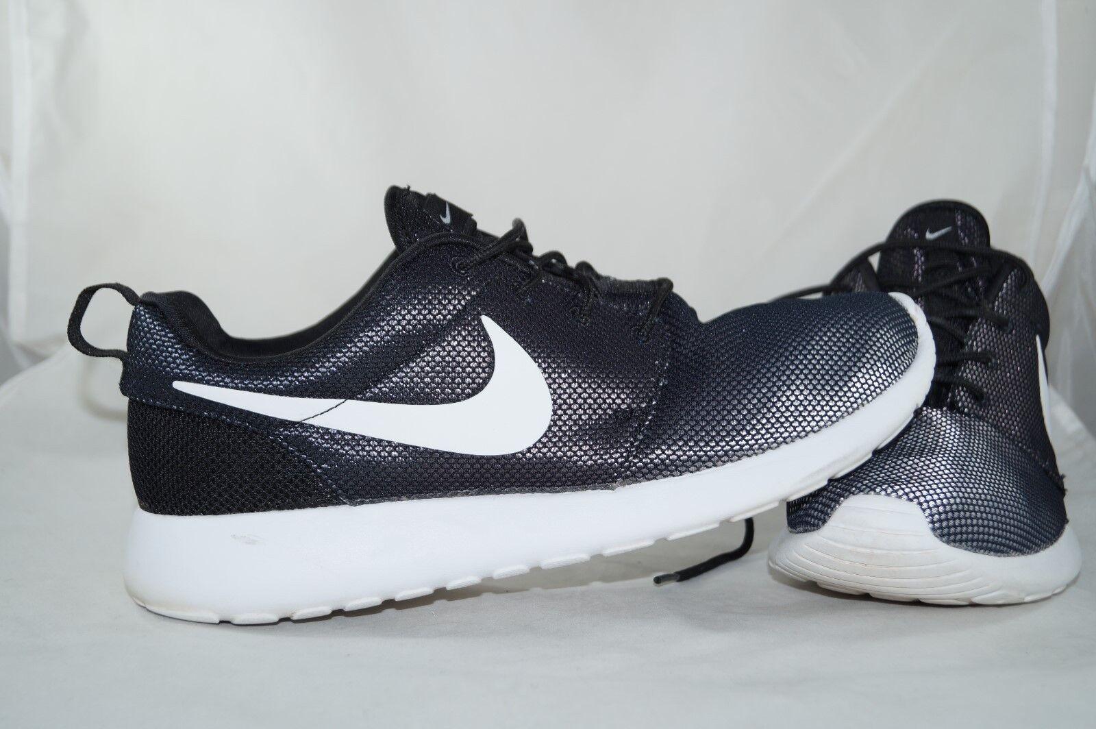 Nike Roshe Run Schwarz GR: 42  Jogging Running