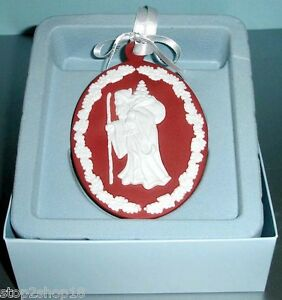 Wedgwood-Red-Jasperware-Christmas-Ornament-SANTA-CAMEO-Oval-Disc-New
