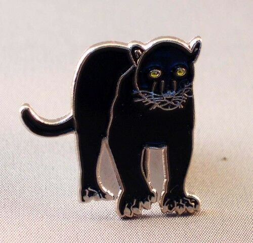 Panther Collectable pin badge Big cat lapel badge Black panther Puma