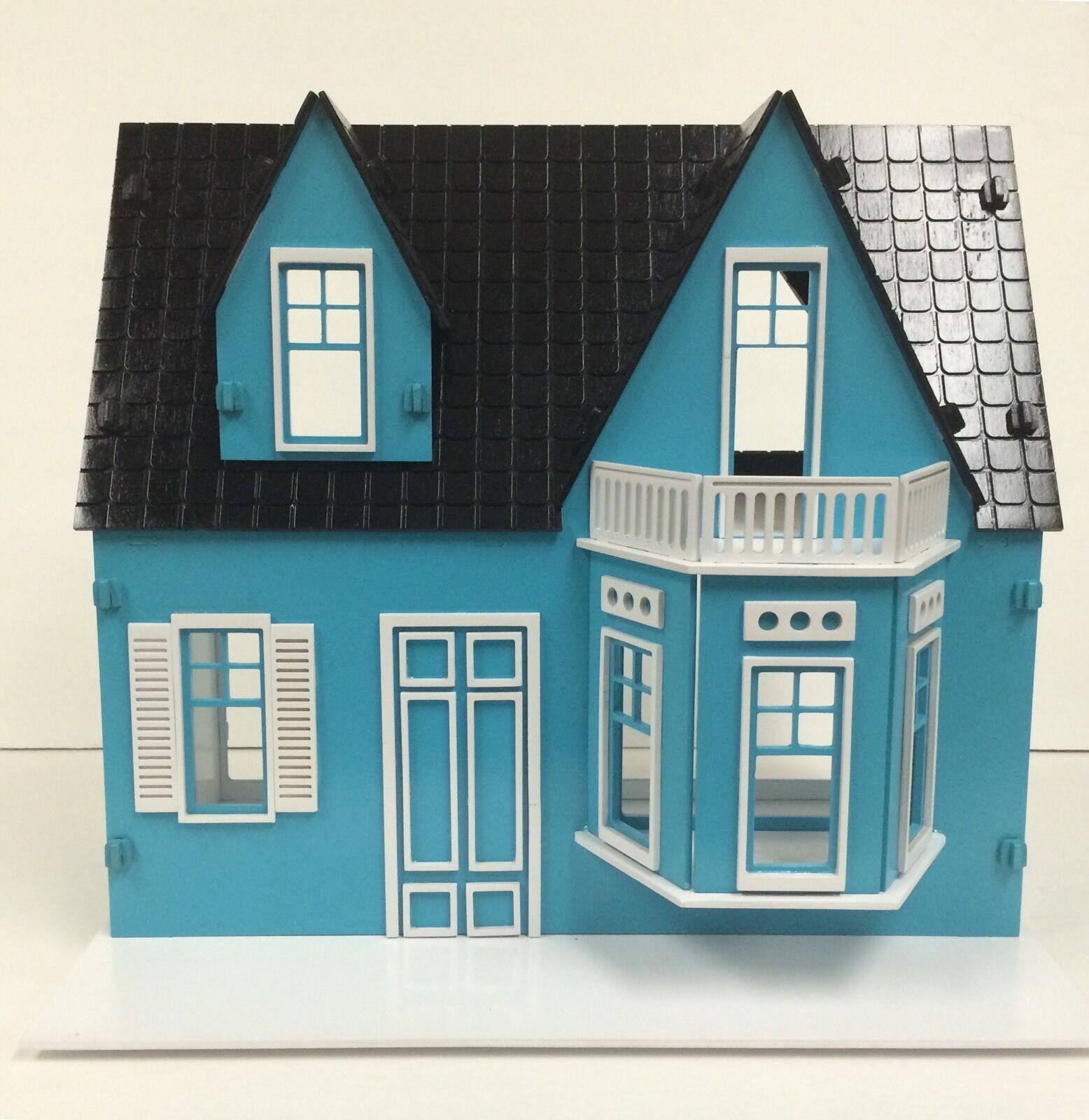 ZShirley Temple Wood Dollhouse. Assembled And Painted