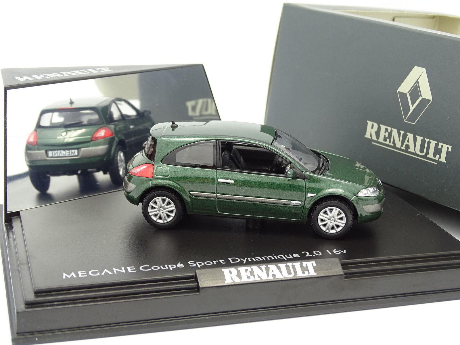 Norev 1 43 - Renault Megane Coupé Sport 2.0 16V grün dunkel-