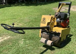 Wacker-Compactor-Single-Drum-Vibratory-Roller-Asphalt-Gravel-dirt-WILL-SHIP