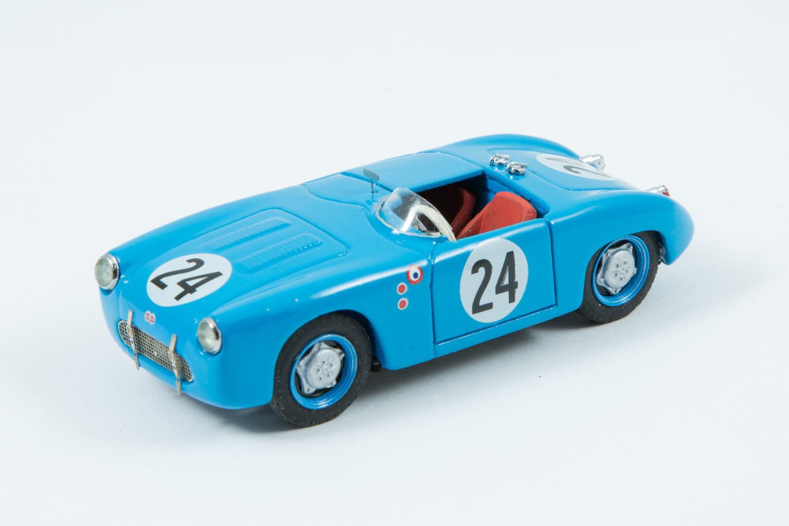Miniature car CCC mounted db panhard left sebring 1952 number 24