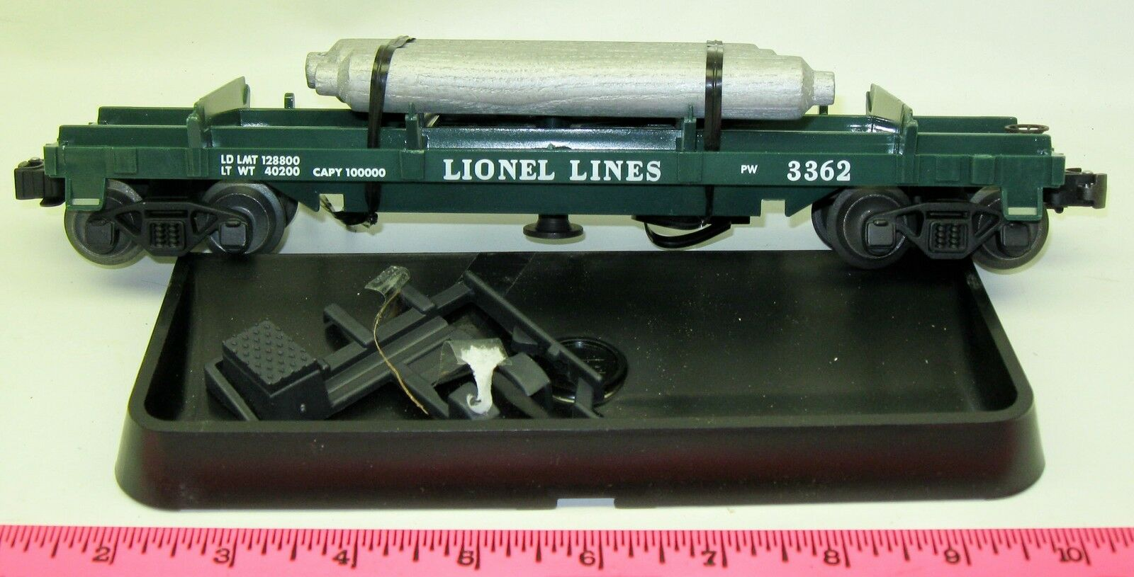 Lionel New 19878 operating helium tank flatcar  3362