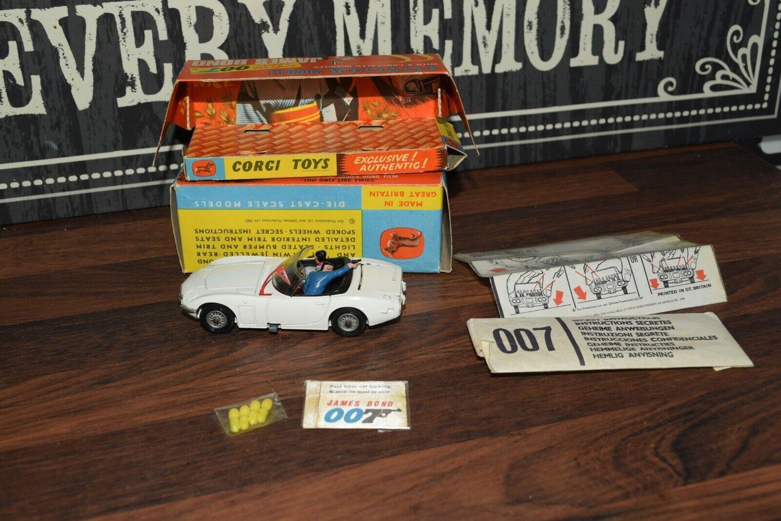 Corgi 336 Toys James Bond 007 Toyota 2000 GT n mint original box plinth badge