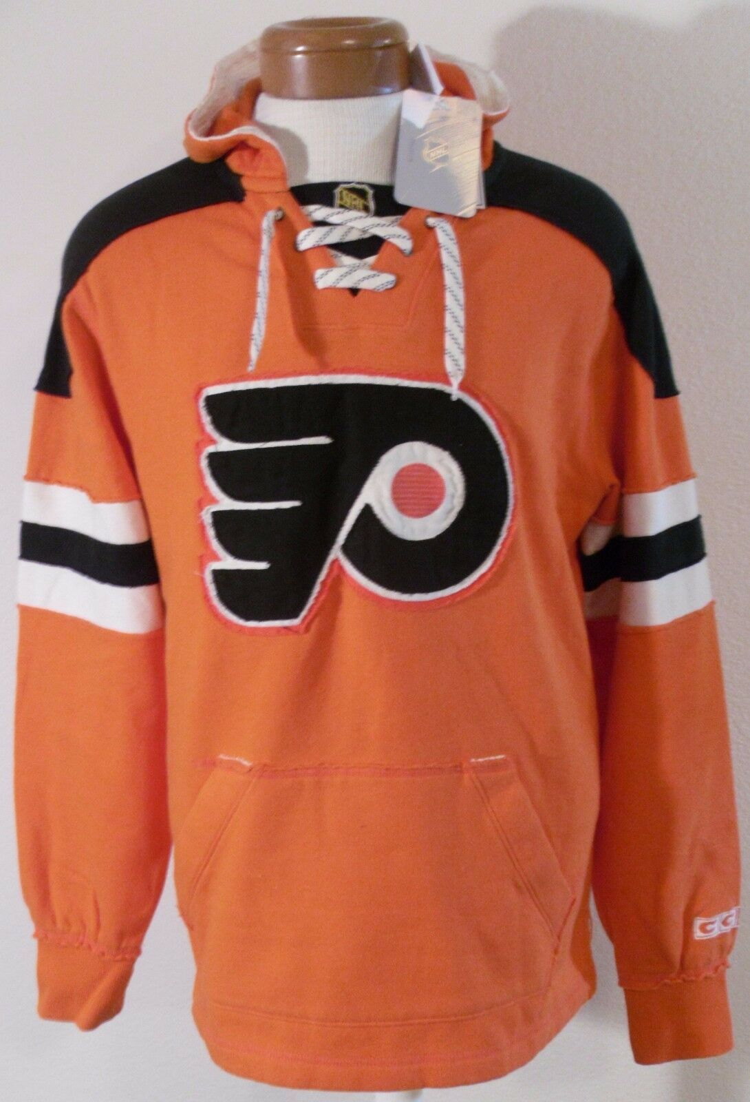 NWT CCM Philadelphia Flyers  Herren Retro Lace Pullover Hoodie S Orange MSRP90