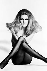 Detalles De Brigitte Bardot 24x36 Cartel Sexy En Negro Medias Semi Desnuda En El Piso Ver Título Original