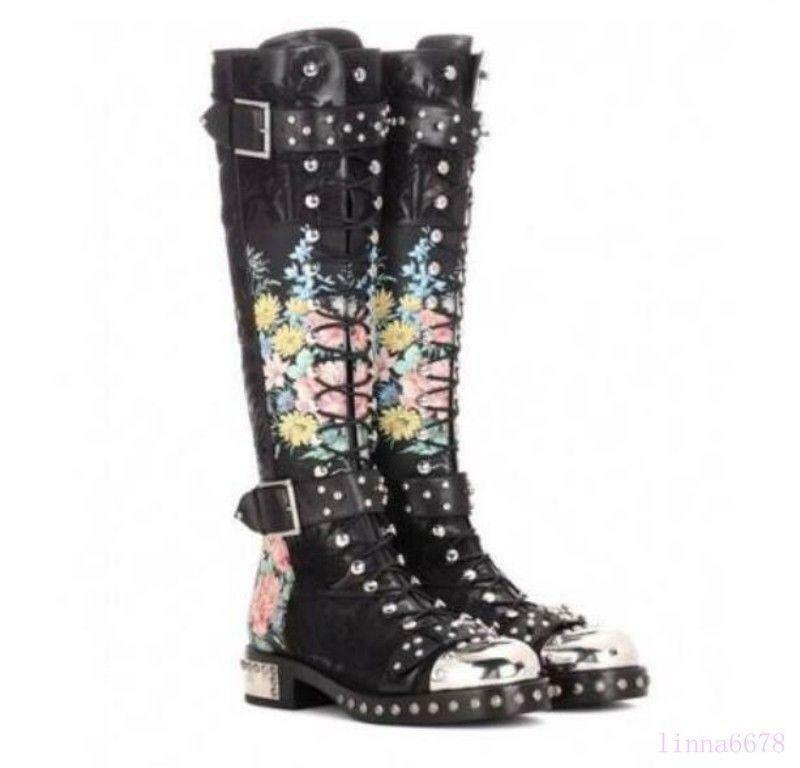 Real Leather Knee High bottes femmes Punk Rivets Zipper Motorcycle chaussures Buckles