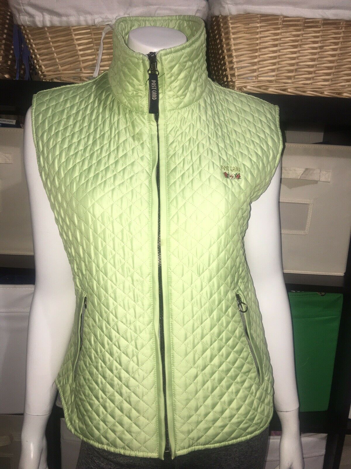 Post Card Made in  Diamond Quilted GreenVest Ski Women's Small preowned