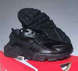 new products eb4e3 d35ad Image is loading Nike-WMNS-Air-Huarache-Run-Triple-All-Black-