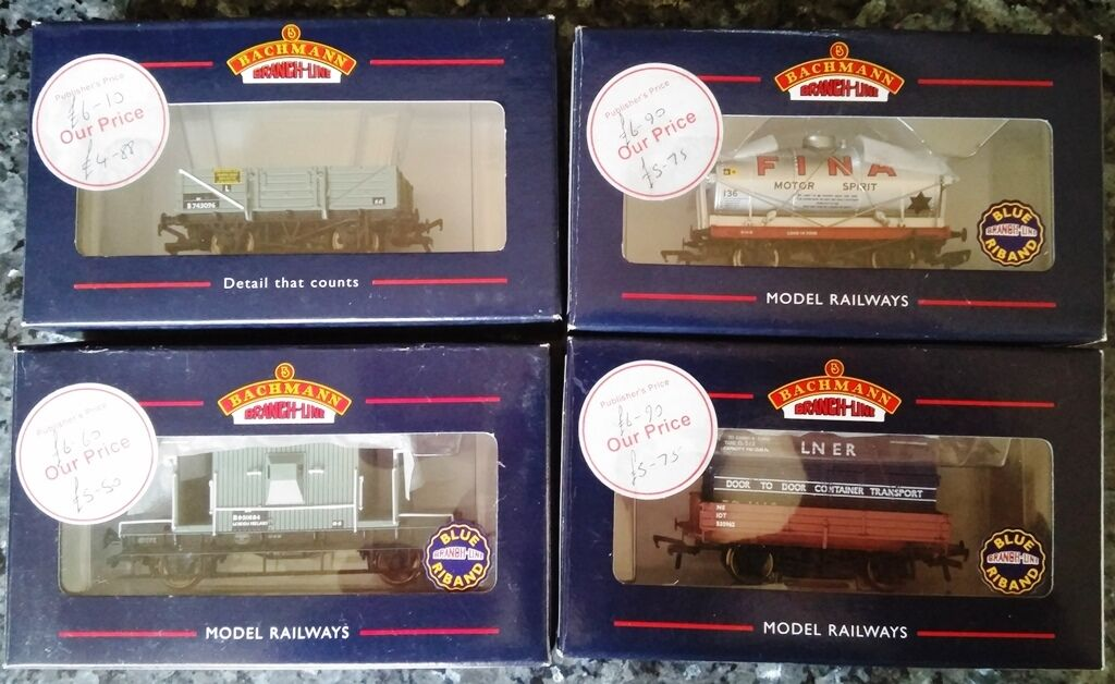 BACHMANN BRANCH LINE 4 BOXED WAGONS 33-079 37-528 37-680A 37-929 OO Gauge 1 76