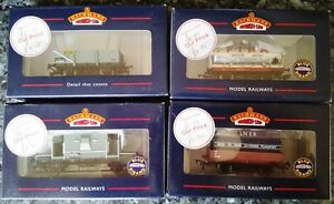 BACHMANN-BRANCH-LINE-4-BOXED-WAGONS-33-079-37-528-37-680A-37-929-OO-Gauge-1-76