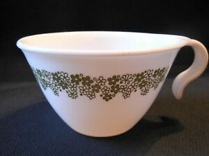 1 Corelle-Corning Crazy Daisy Spring Blossom Green On White Hook Tea Coffee Cup