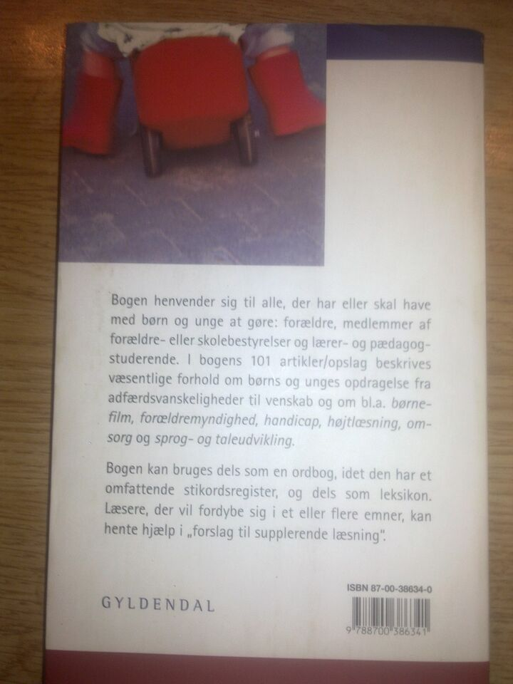 Opslagsbog om opdragelse, Ole Varming, Poul Thomsen