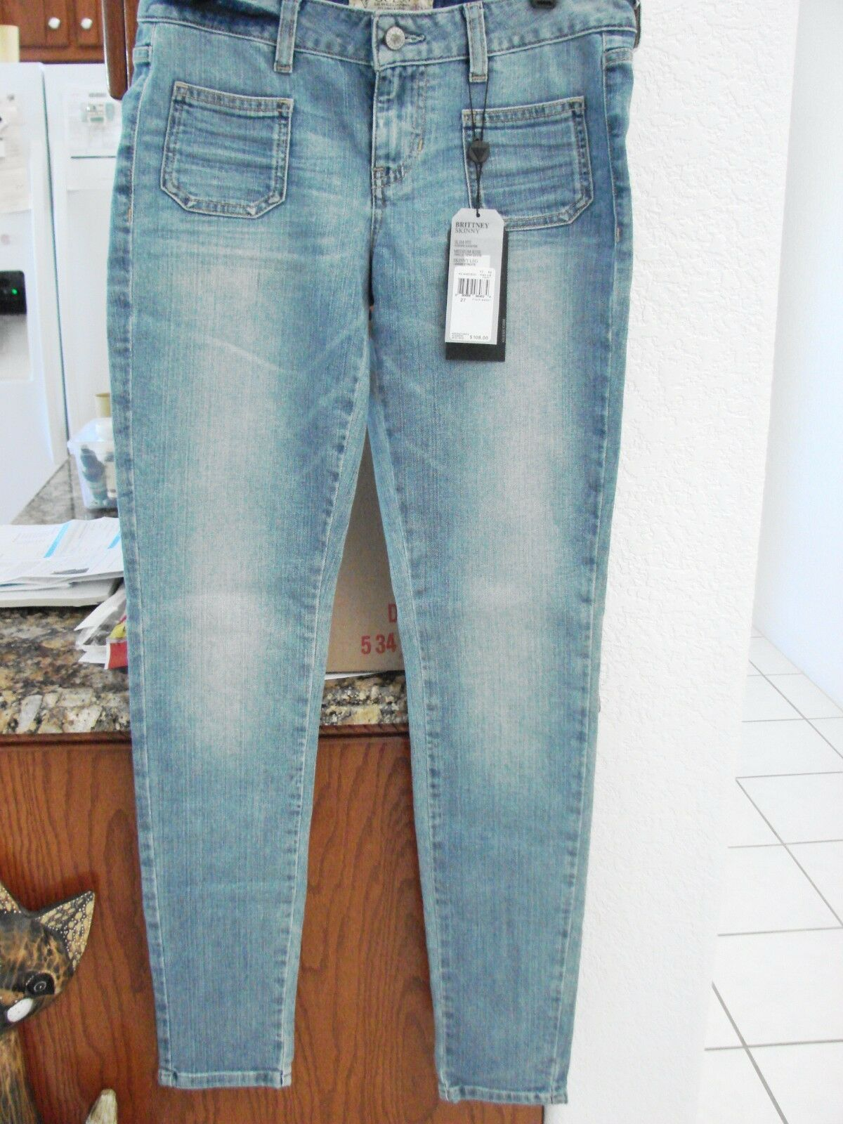 GUESS Britney Skinny Slim Mid Rise Jeans Womens  27 33 NWT Lt. bluee MSRP