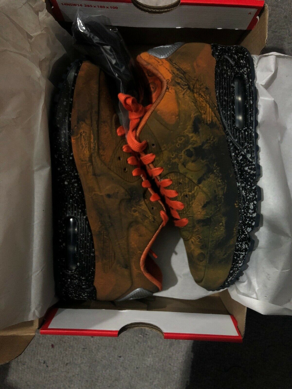 Nike Air Max 90 Mars Mars Mars Landing Sz 4 Brand New With Box 100 Percent Authentic 499760