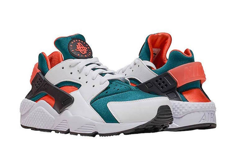 Nike Air Huarache Run se Talle 9.5 blancoo Negro Bosque Mango AT4254-102