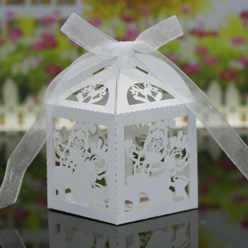 20x Hollow Out Xmas Snowflake Candy Paper Box Christmas Party Decor with Ribbon