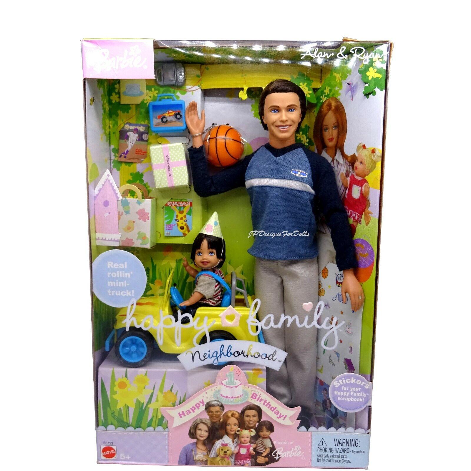 Barbie ALAN & Ryan Happy Family quartiere Happy Birthday NUOVO nella casella indossato