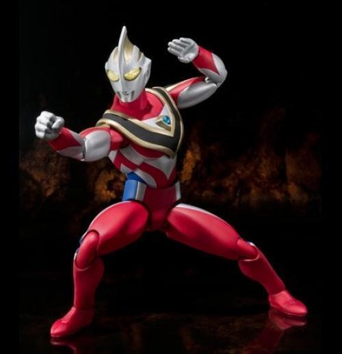 Nuovo Ultra-Act Ultraman Gaia Supremo Versione Action Figure Bandai Tamashii
