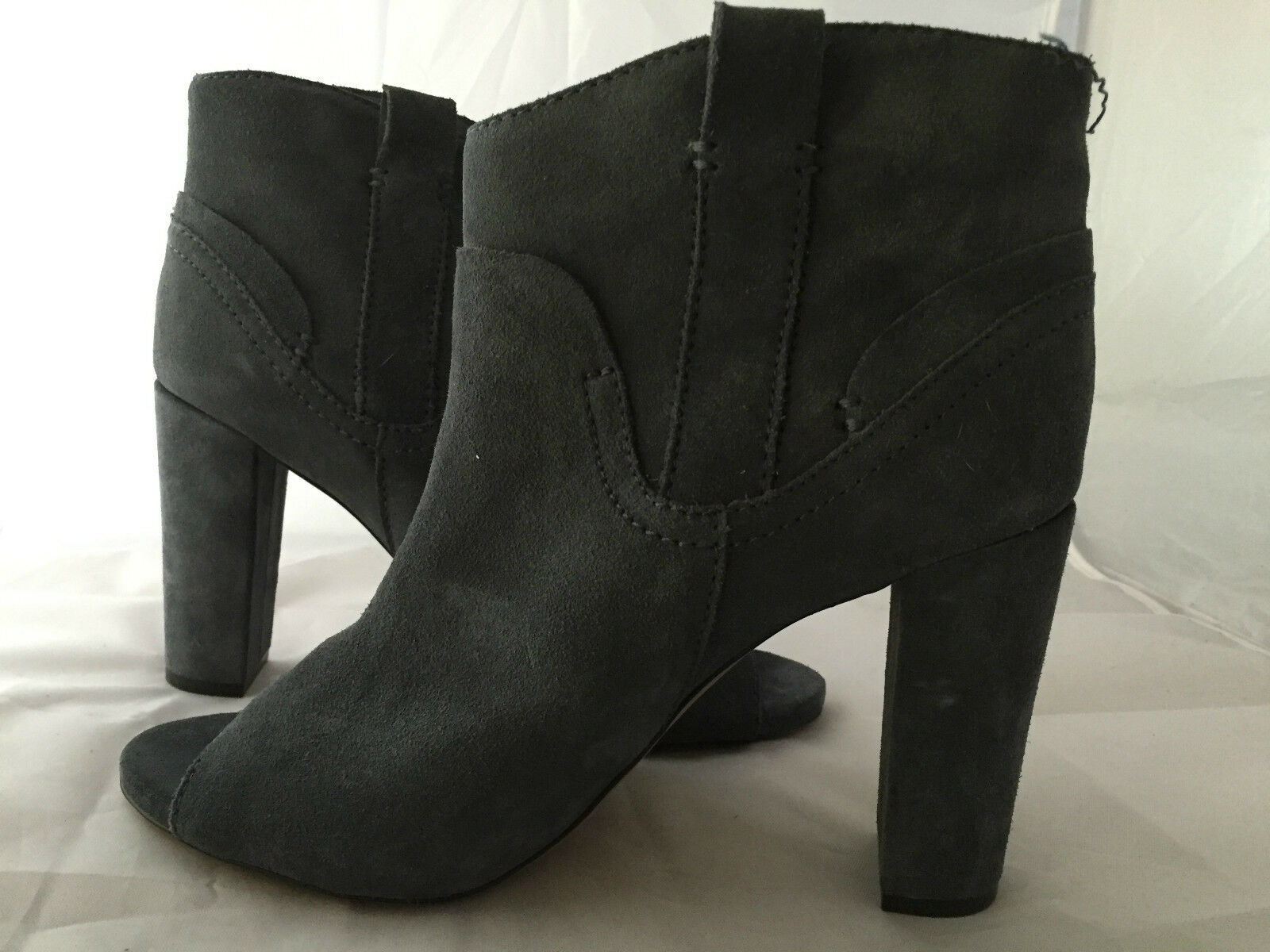 NEW Vince Camuto 'Camey' Open Toe Grey Suede Bootie, Women Size 10.5,