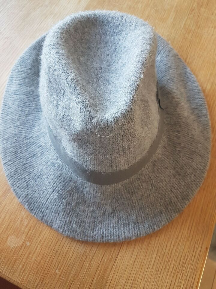 Hat, Zara, str. M