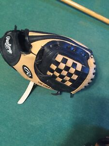 Rawlings 9 Inch Baseball Glove PL109CB Youth Right Hand Thrower
