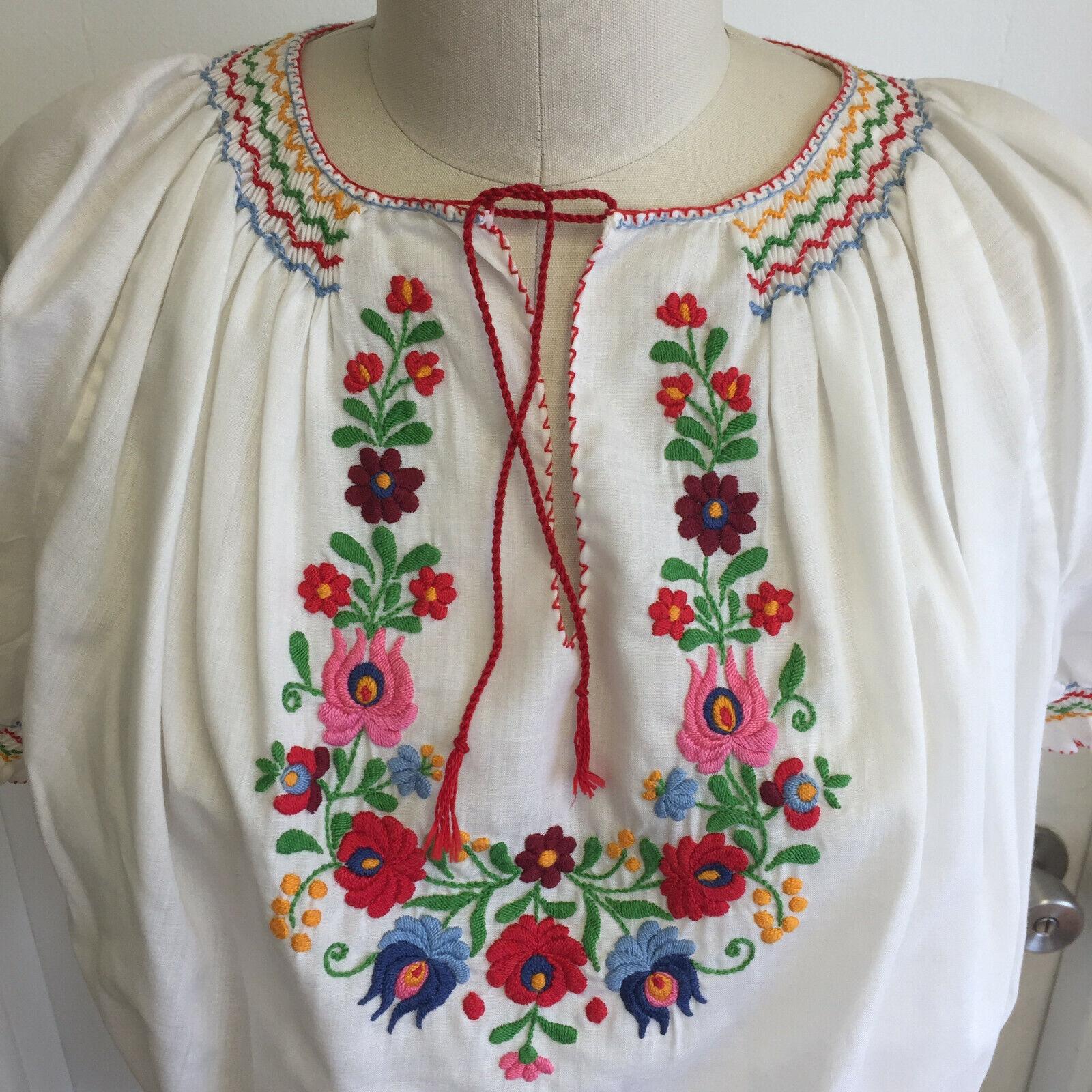 Vintage Hungarian Blouse Unworn Embroidered Peasa… - image 8