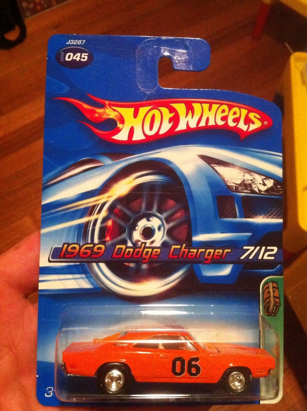 2006 hotwheels 1969 dodge charger-super schatzsuche