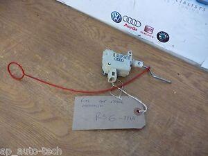 Fuel-Cap-Release-Mechanism-4B9-862-153-Audi-RS6-C5-4-2-V8-Bi-Turbo-2002