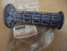 NOS Yamaha Right Grip YZ250 YZ80 RT100 IT175 YZ125 IT250 XT550 1LX-26242-00