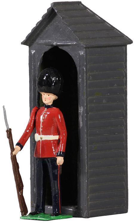BRITAINS 49038 - British Scots Guardsman with Sentry Box
