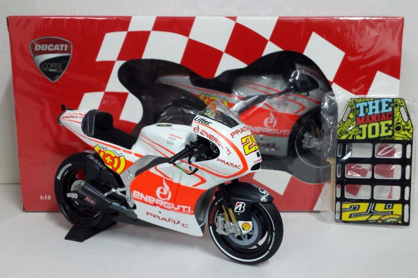 MINICHAMPS ANDREA IANNONE 1 12 DUCATI DESMOSEDICI MOTOGP 2013 + PITBOARDS BOX