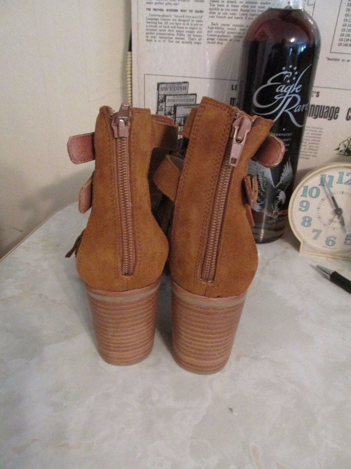 JEFFREY CAMPBELL 7 DODGE FRINGE SANDALS SIZE 7 CAMPBELL NWOB f1df90