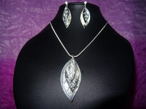 Nickel free shiny silver leaf earrings choker necklace jewellery set