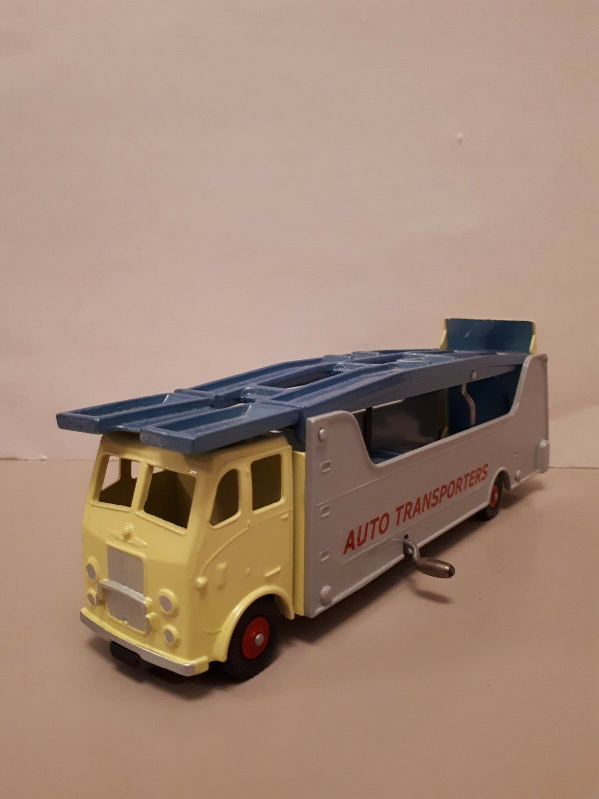 EXTREMELY RARE DINKY SUPERTOYS MODEL.CODE 3. 984 989 AUTO TRANSPORTER . MINT.